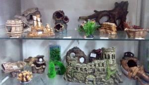 Гроты и другие украшения для аквариума